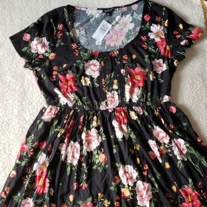 NWT Torrid Floral Dress